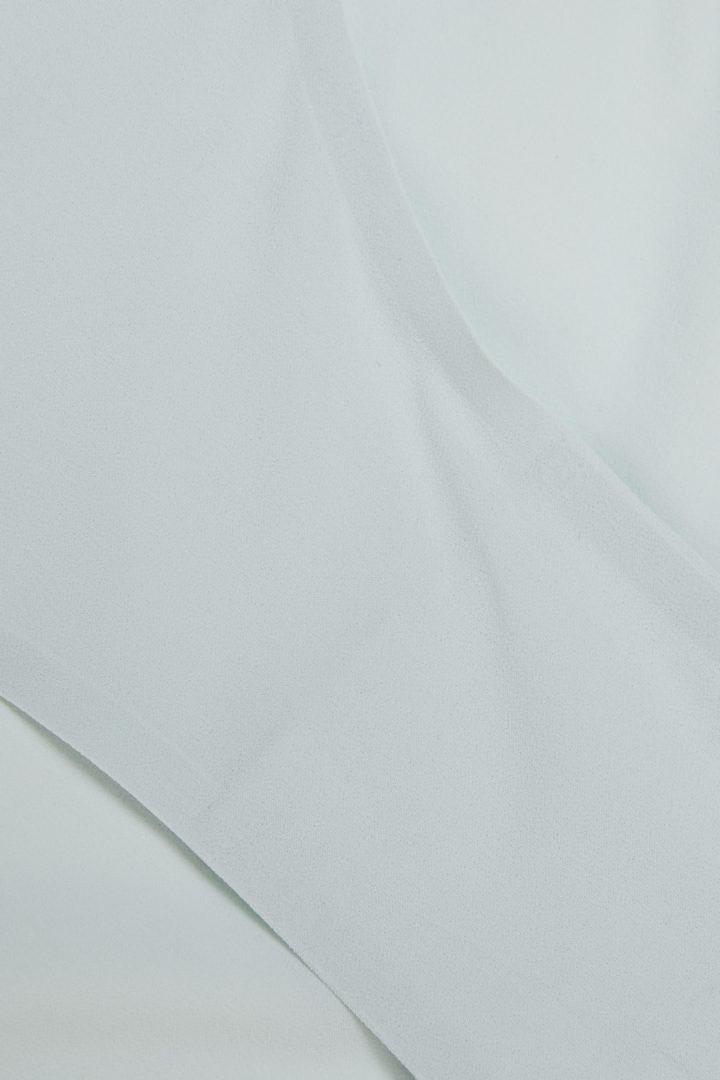 COS 슬림 핏 브리프의 라이트 터쿼이즈컬러 Detail입니다.