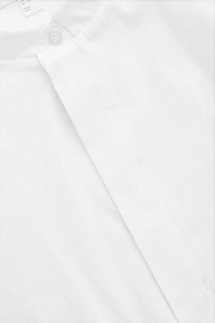 COS 7부 소매 그랜대드 셔츠의 화이트컬러 Product입니다.
