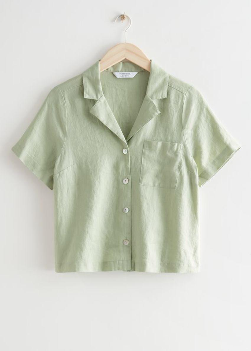 앤아더스토리즈 체스트 포켓 쇼트 슬리브 셔츠의 라이트 그린컬러 Product입니다.