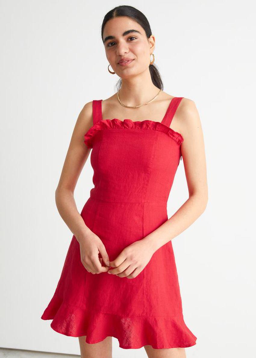 앤아더스토리즈 리넨 러플 미니 드레스의 레드컬러 ECOMLook입니다.