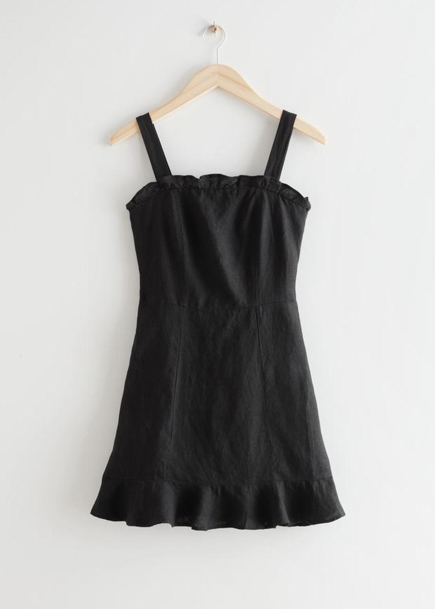 앤아더스토리즈 리넨 러플 미니 드레스의 블랙컬러 Product입니다.