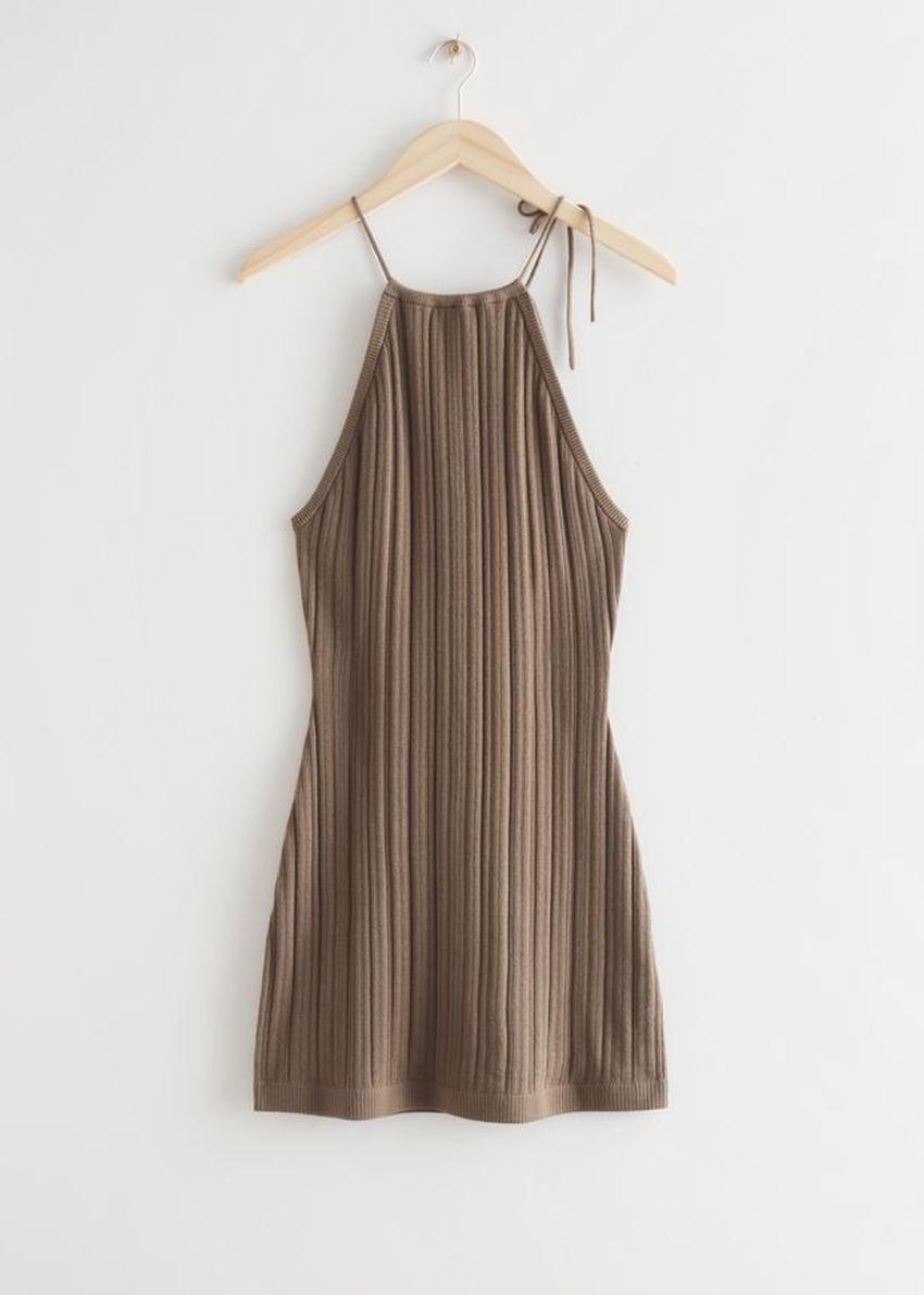 앤아더스토리즈 텍스처 홀터 미니 드레스의 몰컬러 Product입니다.