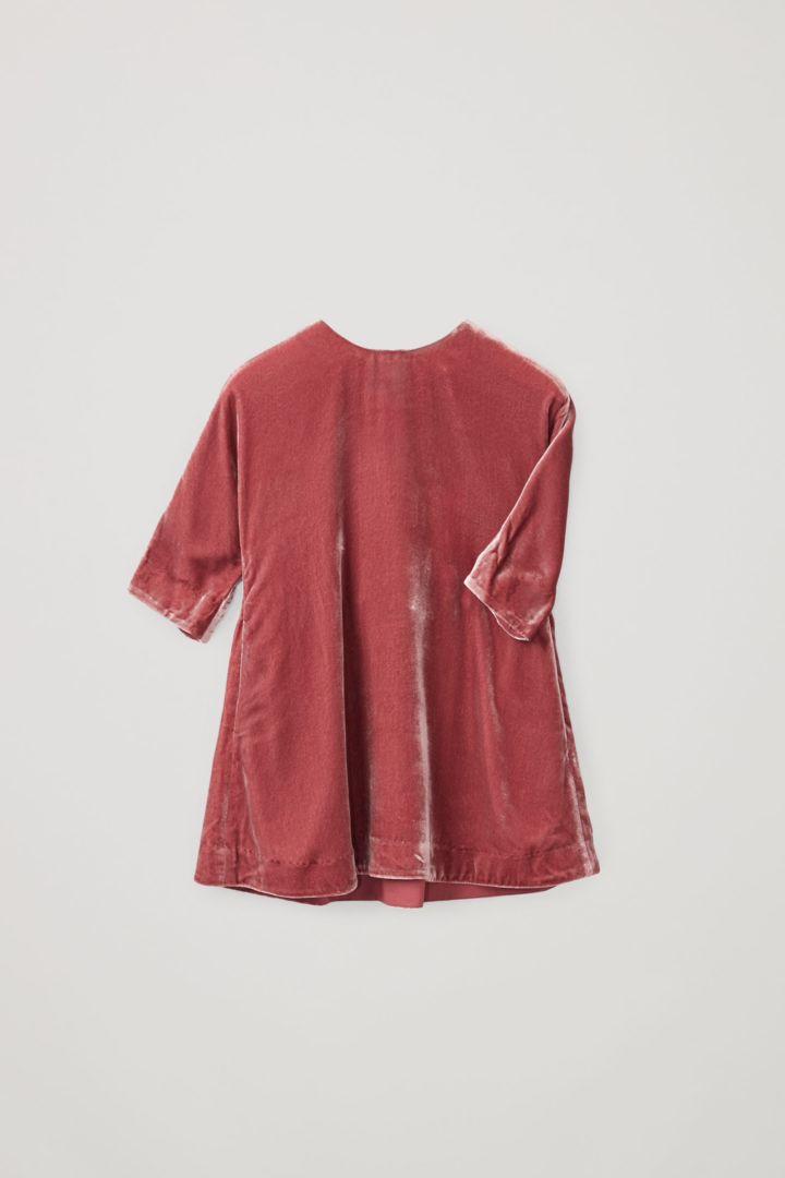 COS hover image 4 of 핑크 in 나일론 실크 믹스 루쉬드 패널 드레스