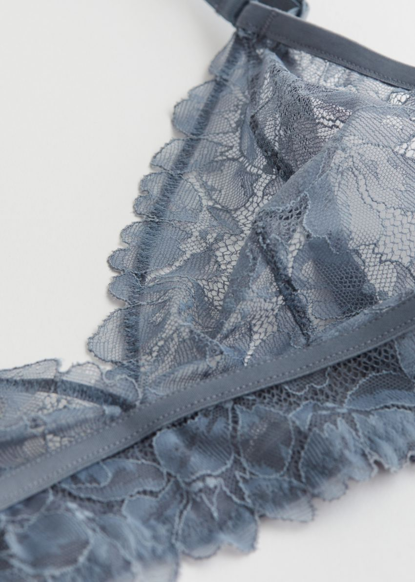 앤아더스토리즈 플로럴 레이스 소프트 브라의 피존 블루컬러 Detail입니다.