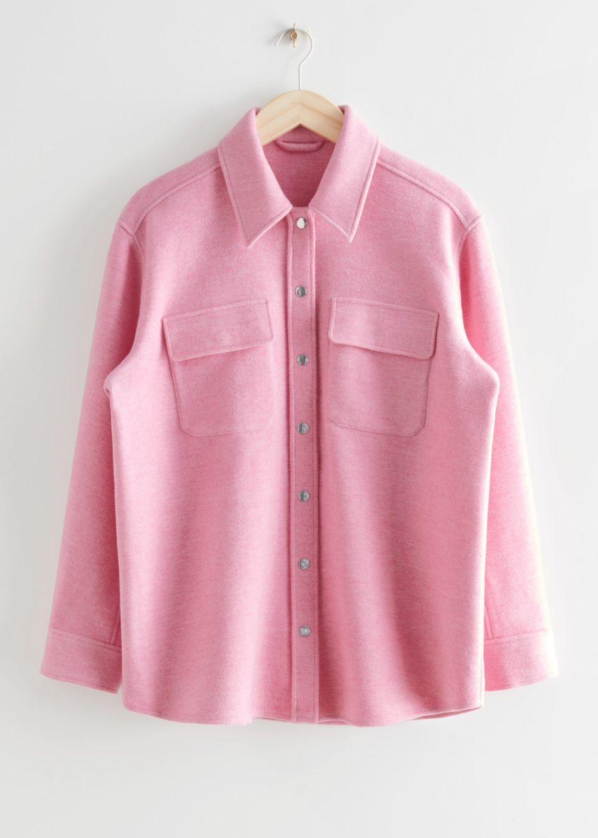 앤아더스토리즈 오버사이즈 울 블렌드 오버셔츠의 핑크컬러 Product입니다.