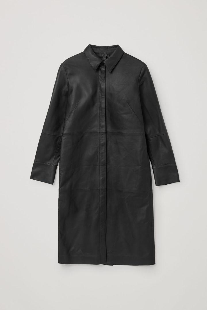 COS 나파 레더 셔츠 드레스의 블랙컬러 Product입니다.