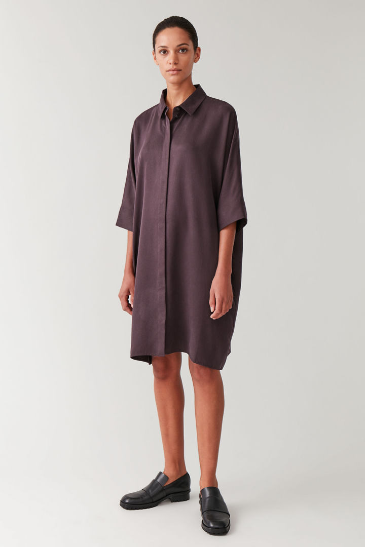 COS default image 3 of 레드 in 드레이프드 박시 셔츠 드레스