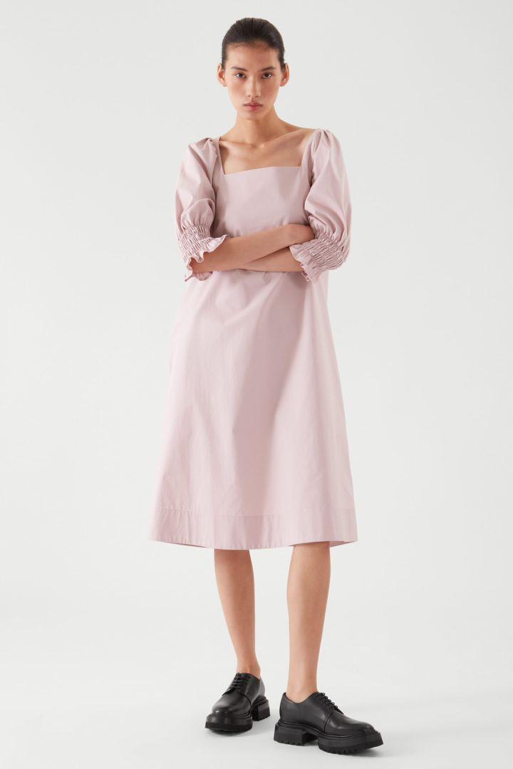COS default image 2 of  in 스퀘어 넥 스모킹 드레스