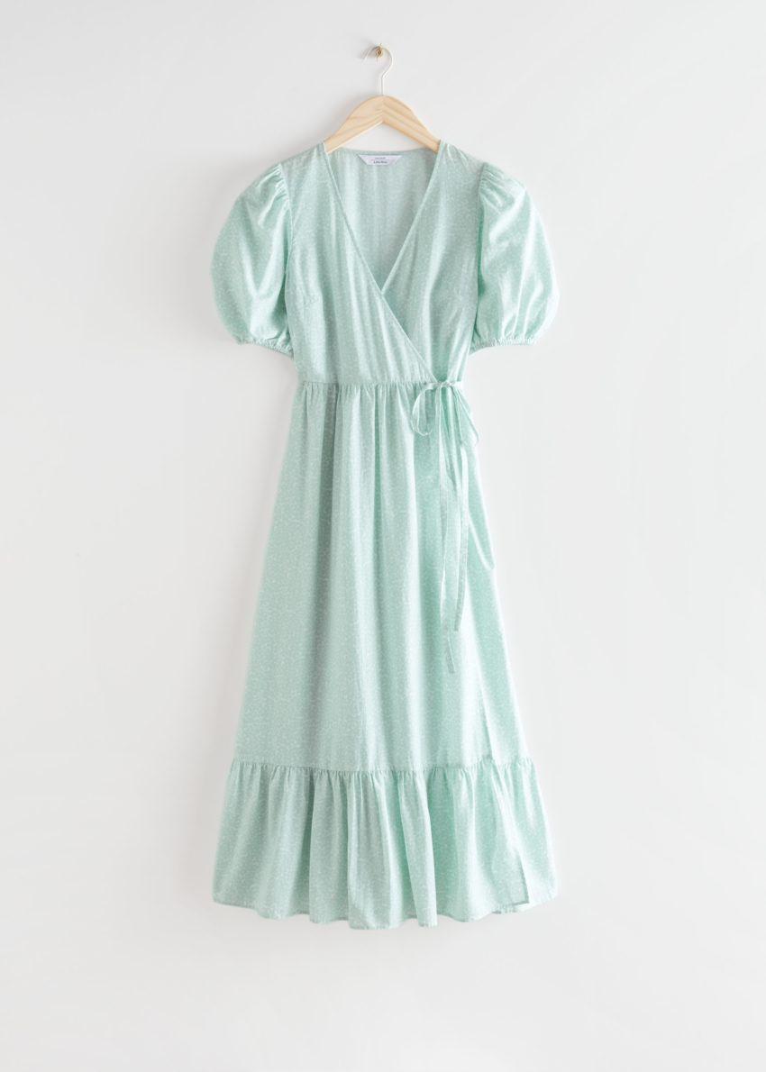 앤아더스토리즈 퍼프 슬리브 맥시 랩 드레스의 그린컬러 Product입니다.