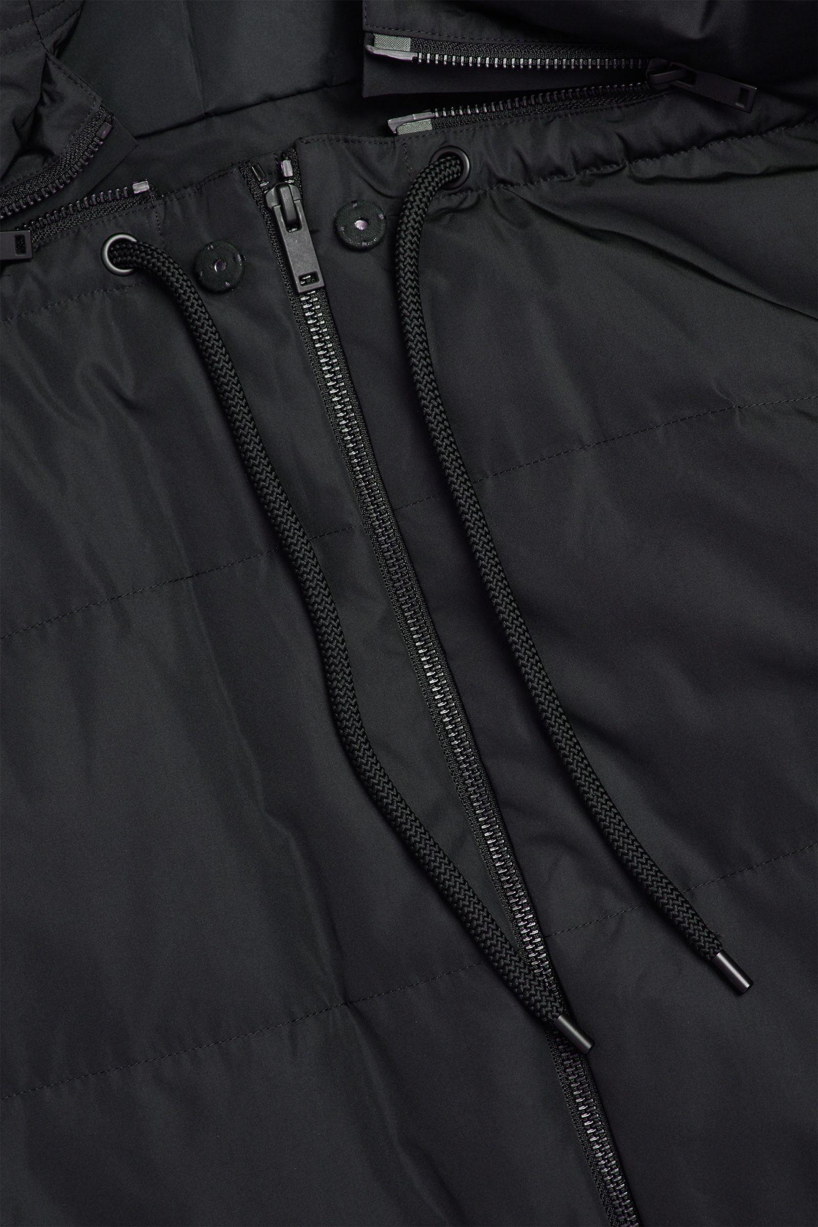 COS 3 in 1 하이브리드 푸퍼 재킷의 블랙컬러 Detail입니다.