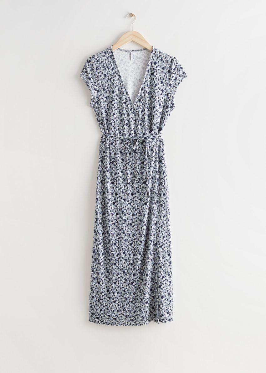 앤아더스토리즈 프린트 랩 미디 드레스의 블루 플로럴컬러 Product입니다.