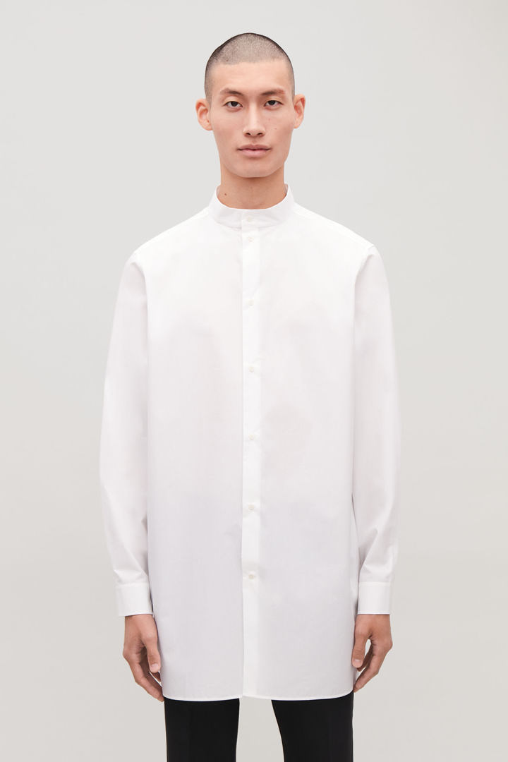 COS default image 1 of 화이트 in 스탠드 칼라 롱 코튼 셔츠