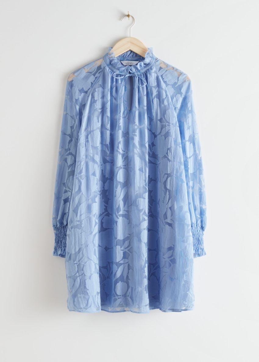 앤아더스토리즈 릴렉스드 A 라인 벌룬 슬리브 미니 드레스의 블루 프린트컬러 Product입니다.