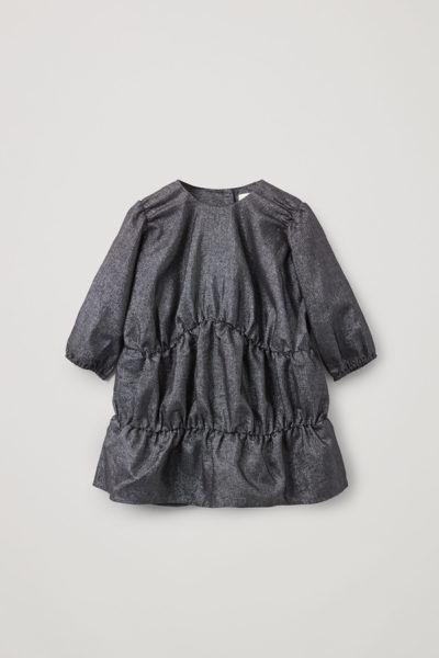 COS default image 5 of 블랙 in 개더드 루렉스 드레스