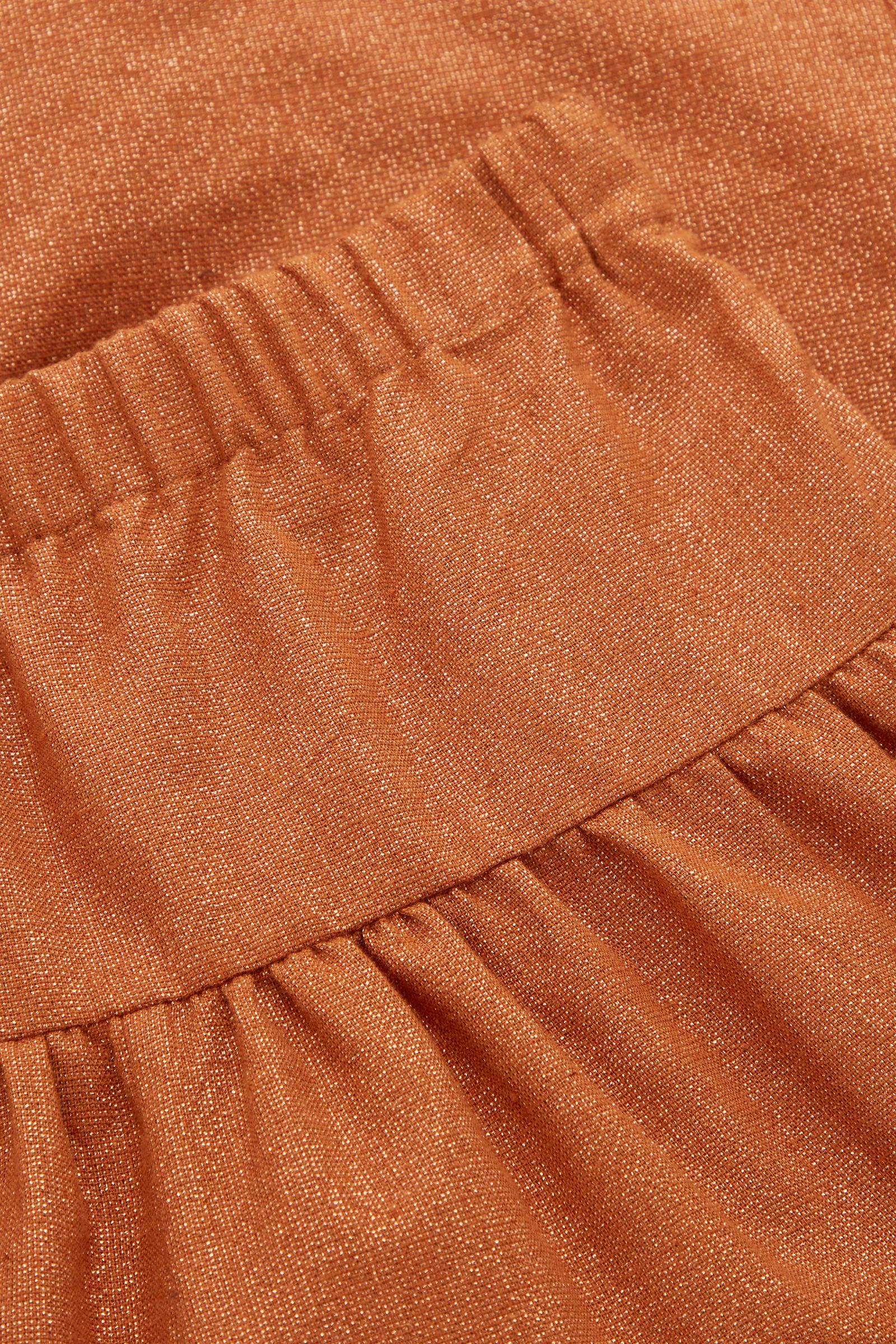 COS 코튼 리넨 믹스 개더 디테일 트라우저의 오렌지컬러 Detail입니다.