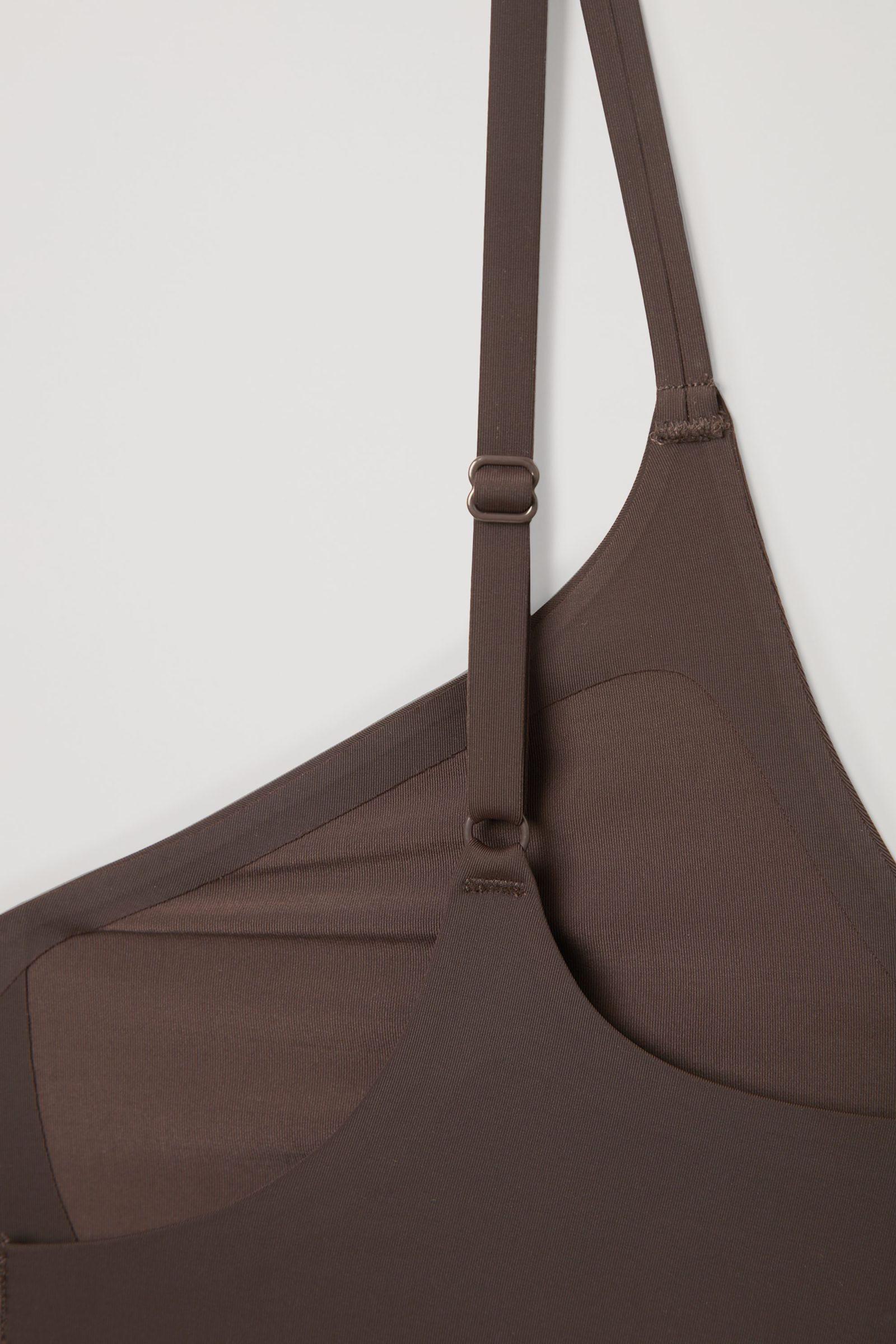 COS 리사이클 나일론 슬립 드레스의 쉐이드 216컬러 Detail입니다.