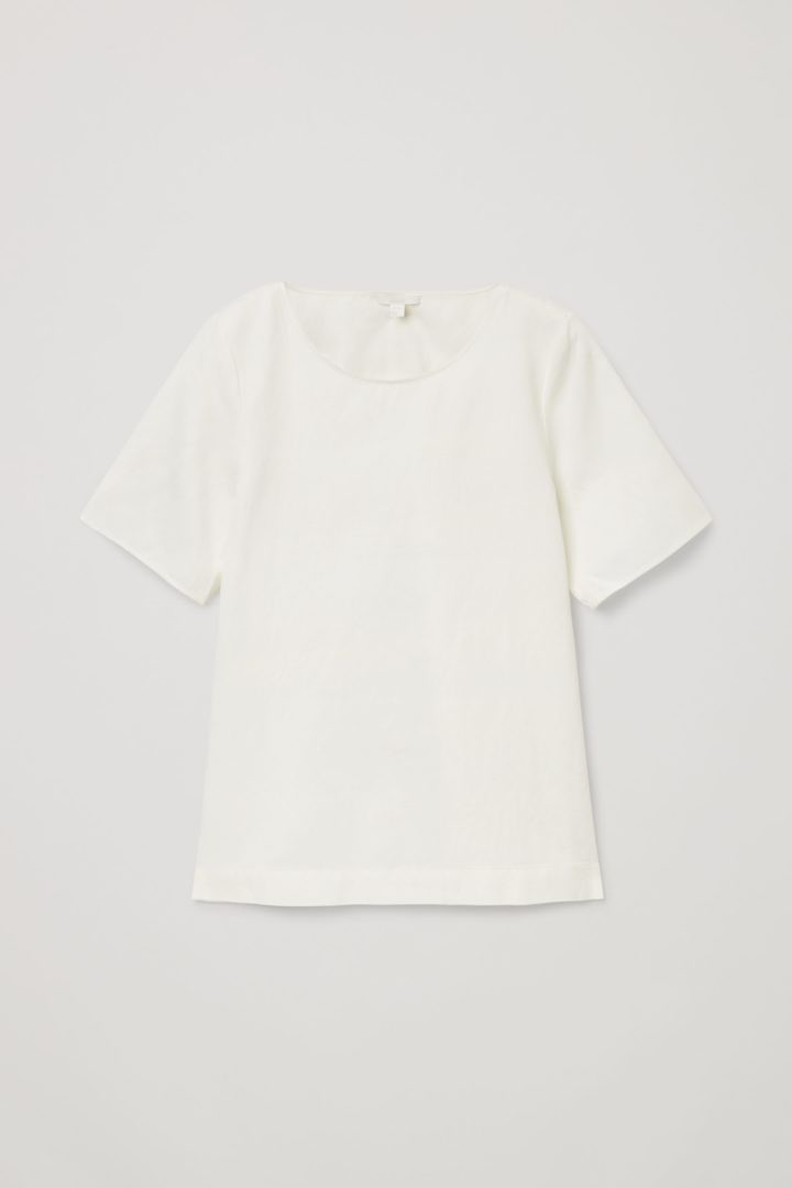 COS hover image 11 of 화이트 in 라이트웨이트 박시 티셔츠