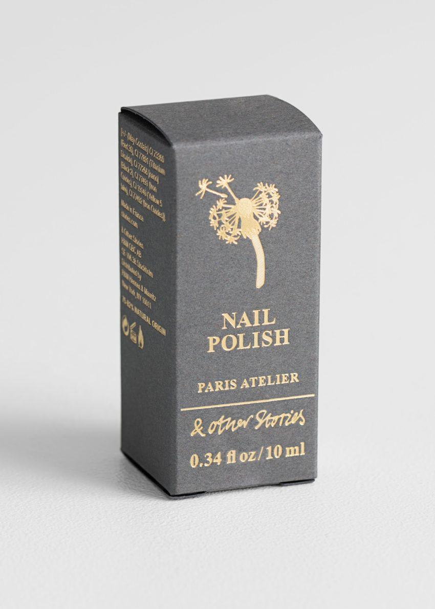 앤아더스토리즈 트레저 까셰 네일 폴리시의 베르 아망드컬러 Product입니다.