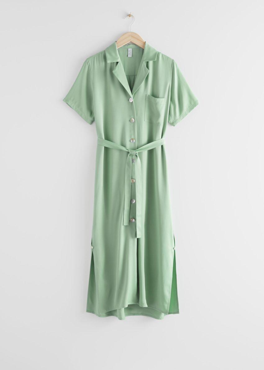 앤아더스토리즈 새틴 셔츠 미디 드레스의 그린컬러 Product입니다.