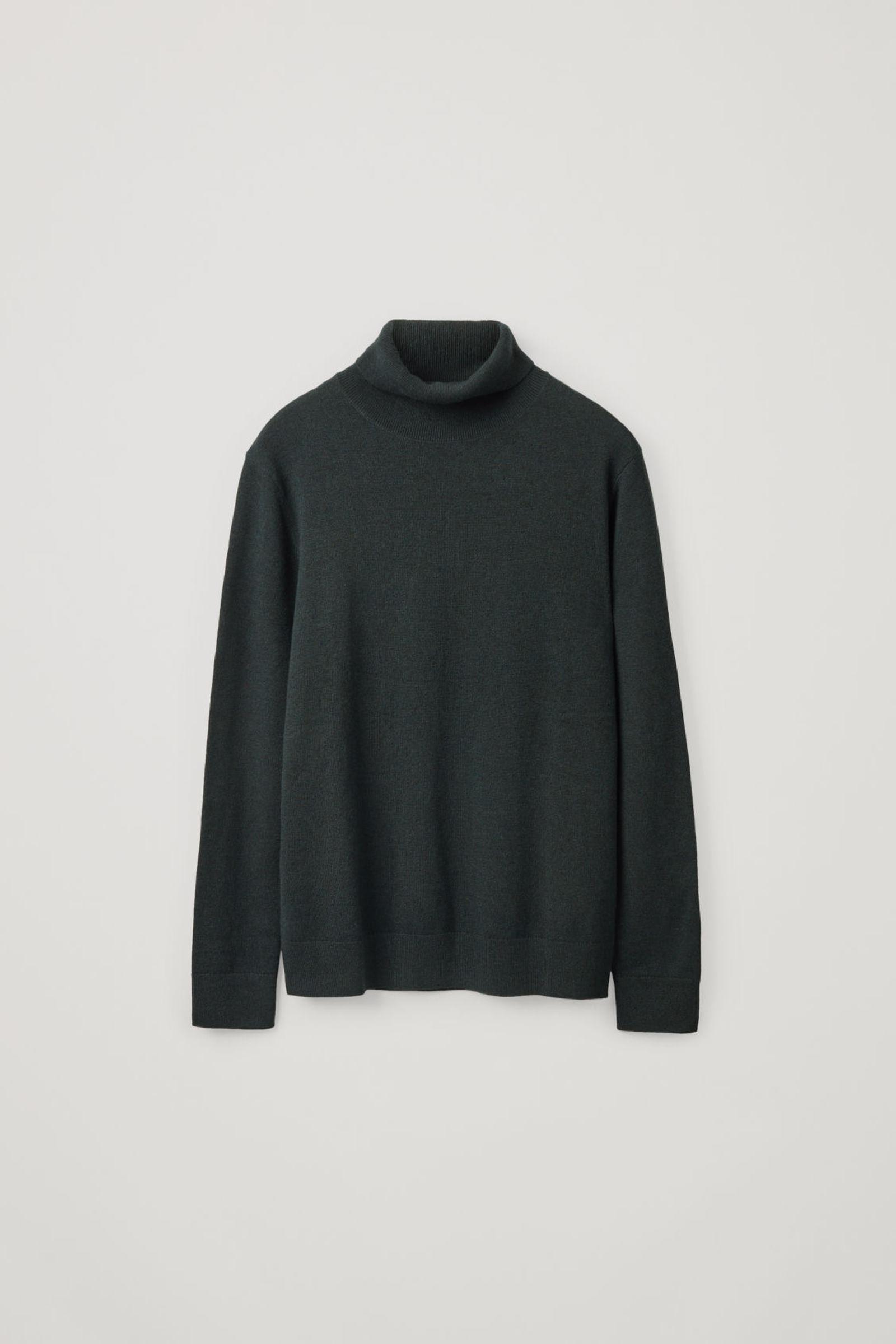COS 메리노 야크 롤넥 스웨터의 포레스트 그린컬러 Product입니다.