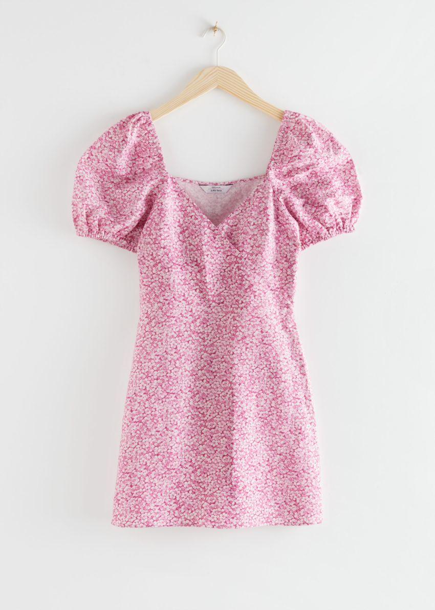 앤아더스토리즈 피티드 퍼프 슬리브 미니 드레스의 핑크 플로럴컬러 Product입니다.