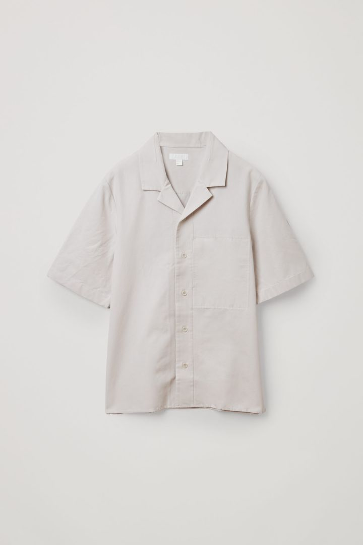COS 쇼트 슬리브 코튼 셔츠의 브라운컬러 Product입니다.