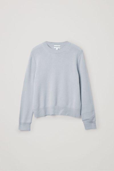 COS image 1 of 라이트 블루 in 캐시미어 리브 디테일 스웨터