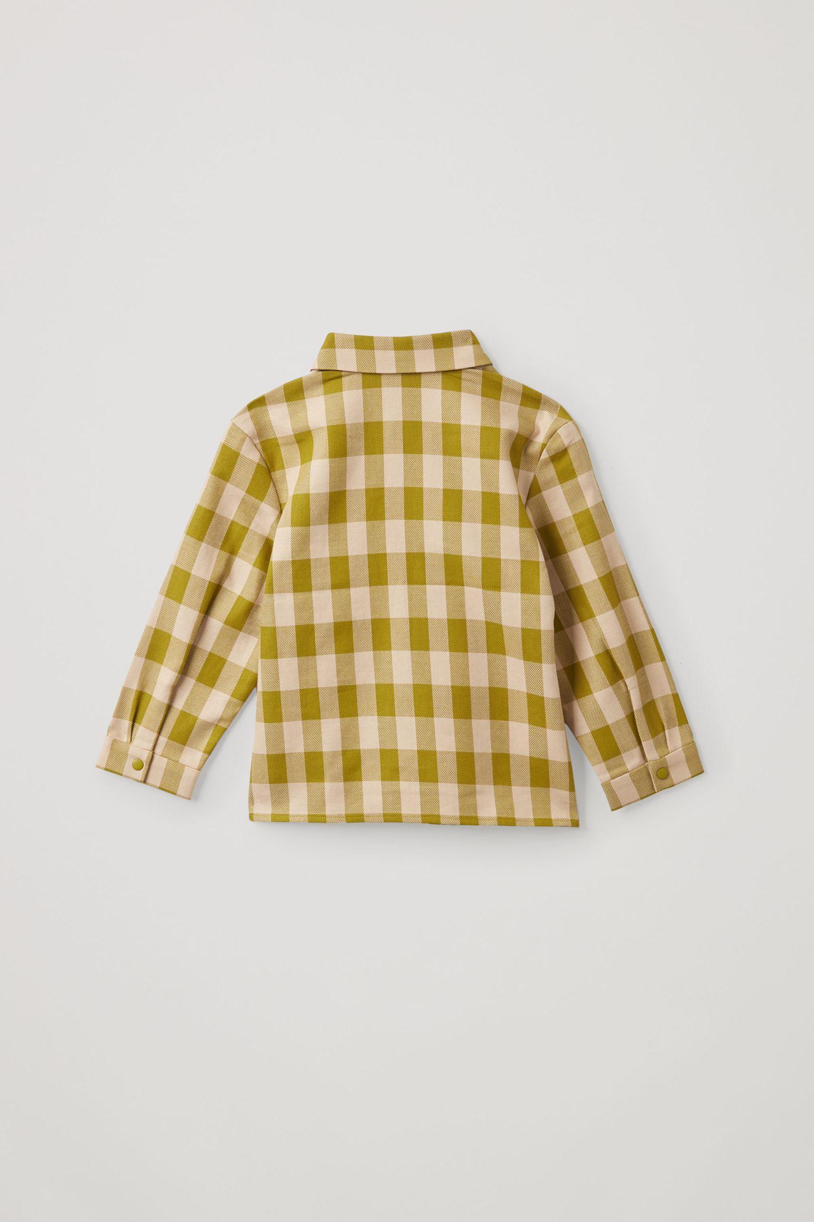 COS 오가닉 코튼 오버사이즈 깅엄 체크 셔츠의 그린컬러 Product입니다.