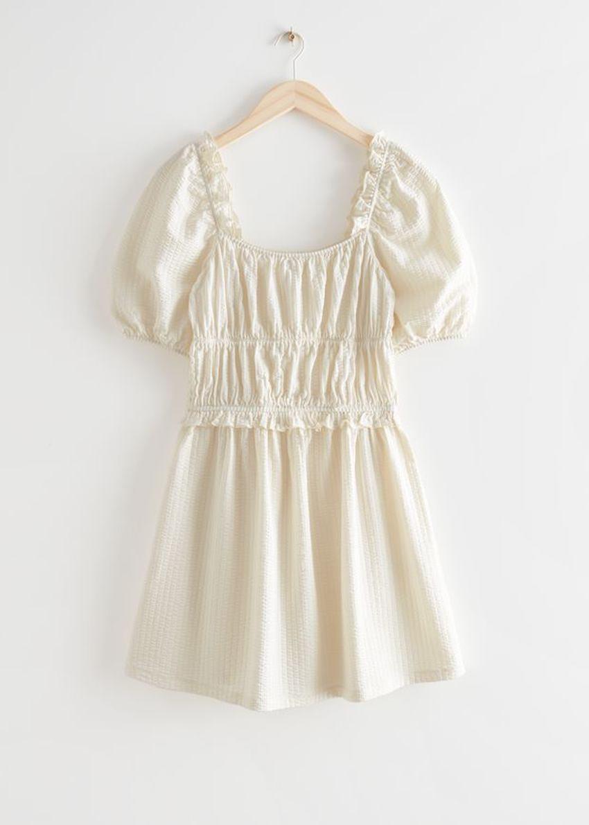 앤아더스토리즈 볼류미너스 퍼프 슬리브 미니 드레스의 크림컬러 Product입니다.