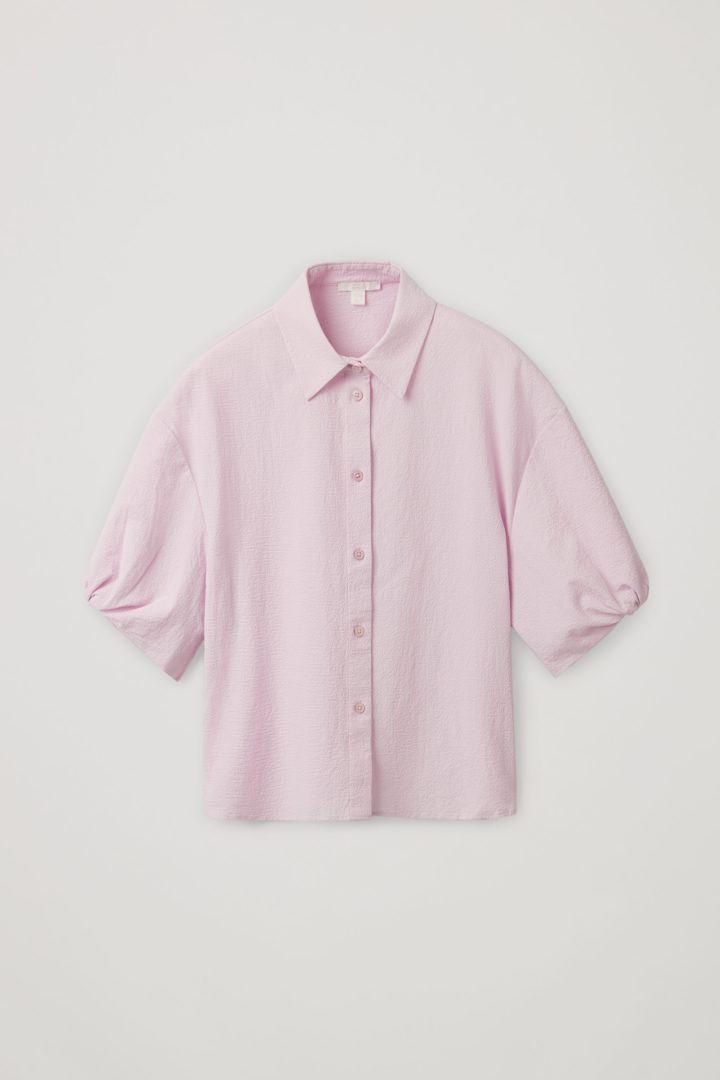COS 코튼 퍼프 슬리브 시어서커 셔츠의 라일락컬러 Product입니다.