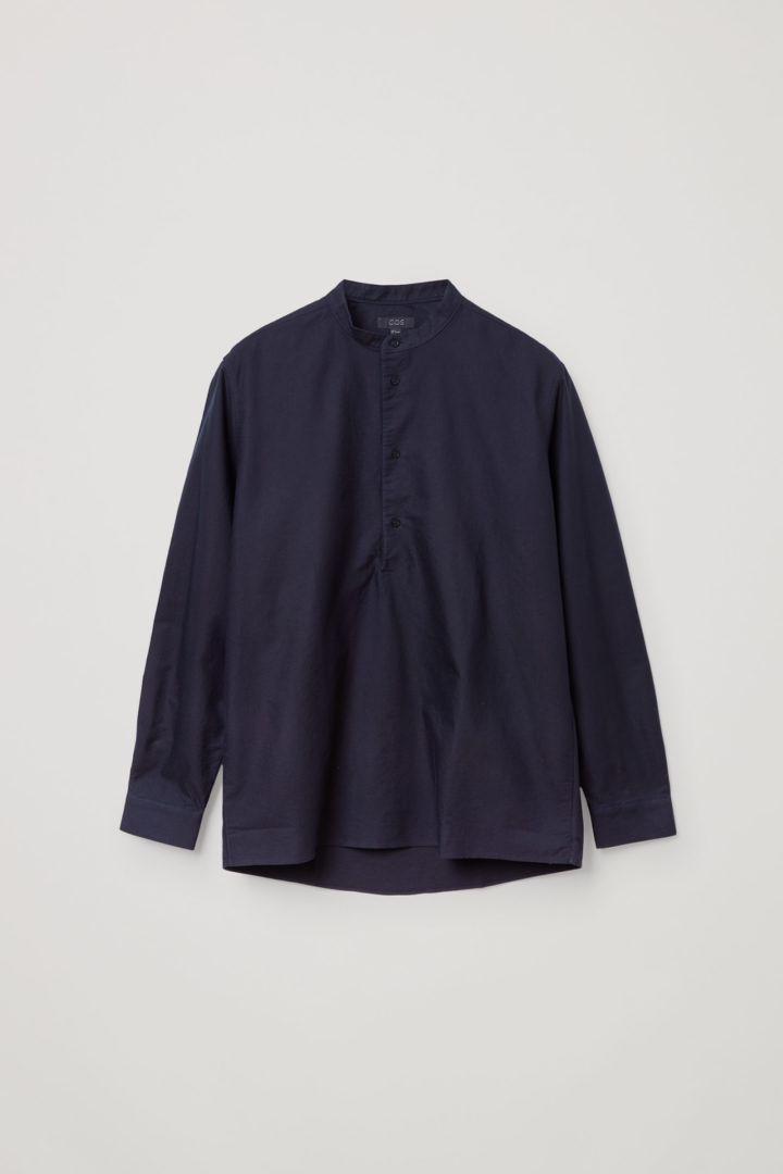 COS 그랜대드 칼라 튜닉 셔츠의 네이비컬러 Product입니다.