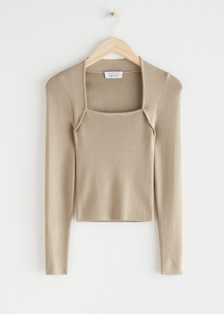앤아더스토리즈 롱 슬리브 튜뷸러 넥 스웨터의 베이지컬러 Product입니다.