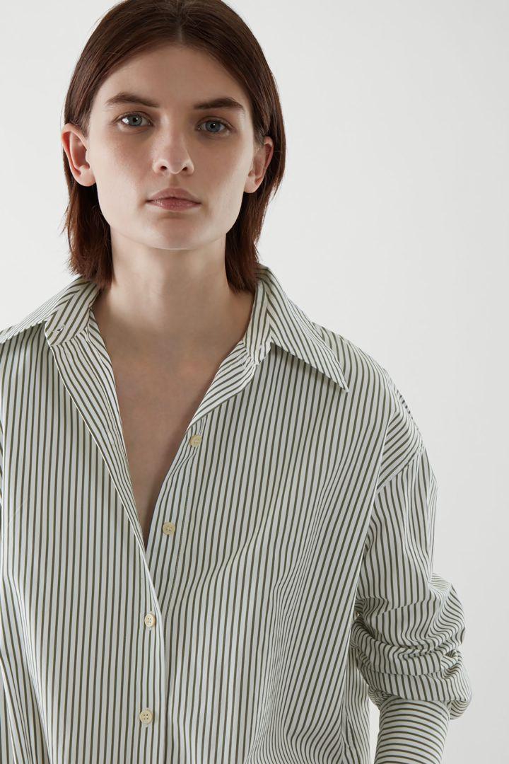 COS default image 2 of 그린 in 오버사이즈 셔츠 드레스