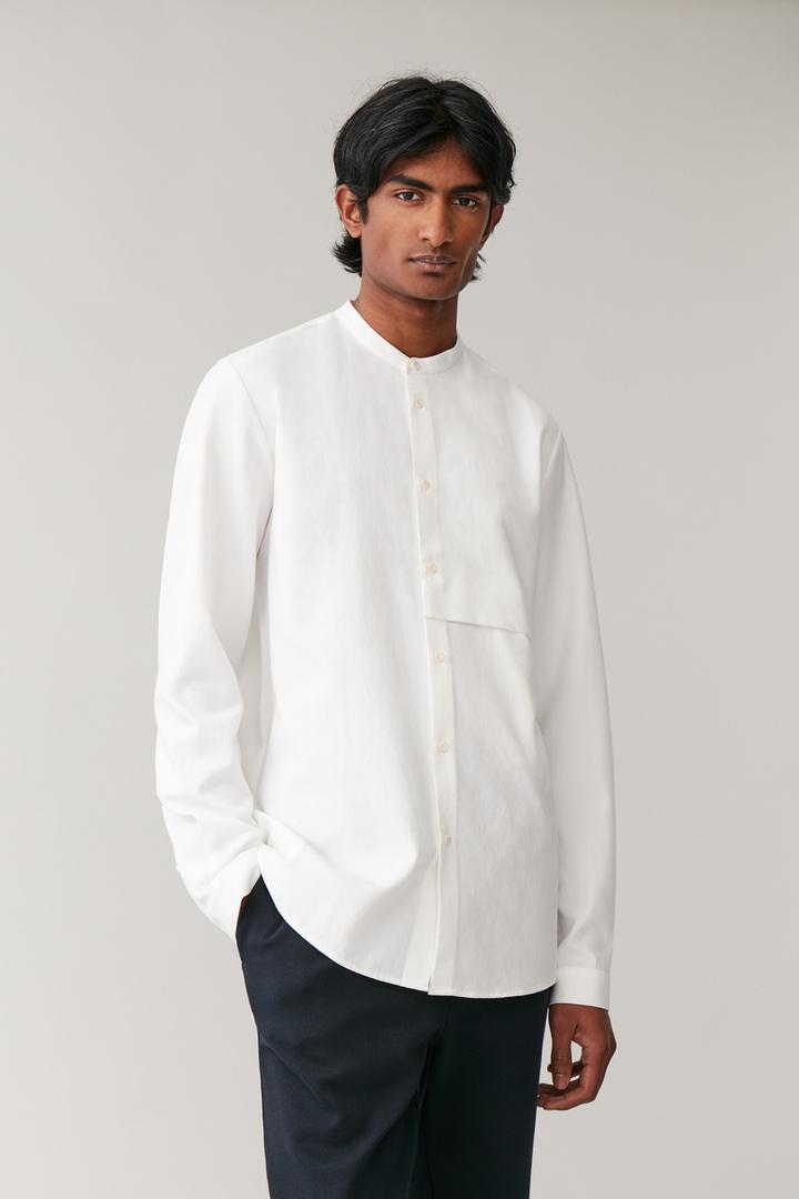COS default image 11 of 화이트 in 포켓 그랜대드 셔츠