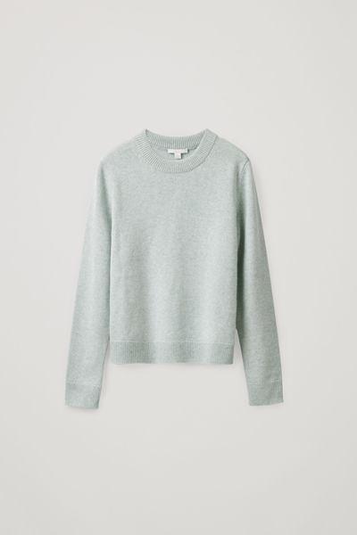 COS default image 8 of 그린 in 니티드 캐시미어 스웨터
