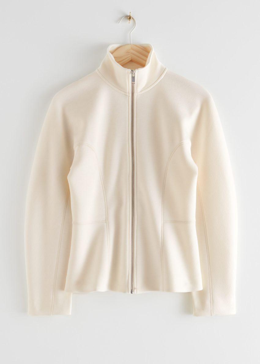앤아더스토리즈 스쿠버 집 재킷의 크림컬러 Product입니다.