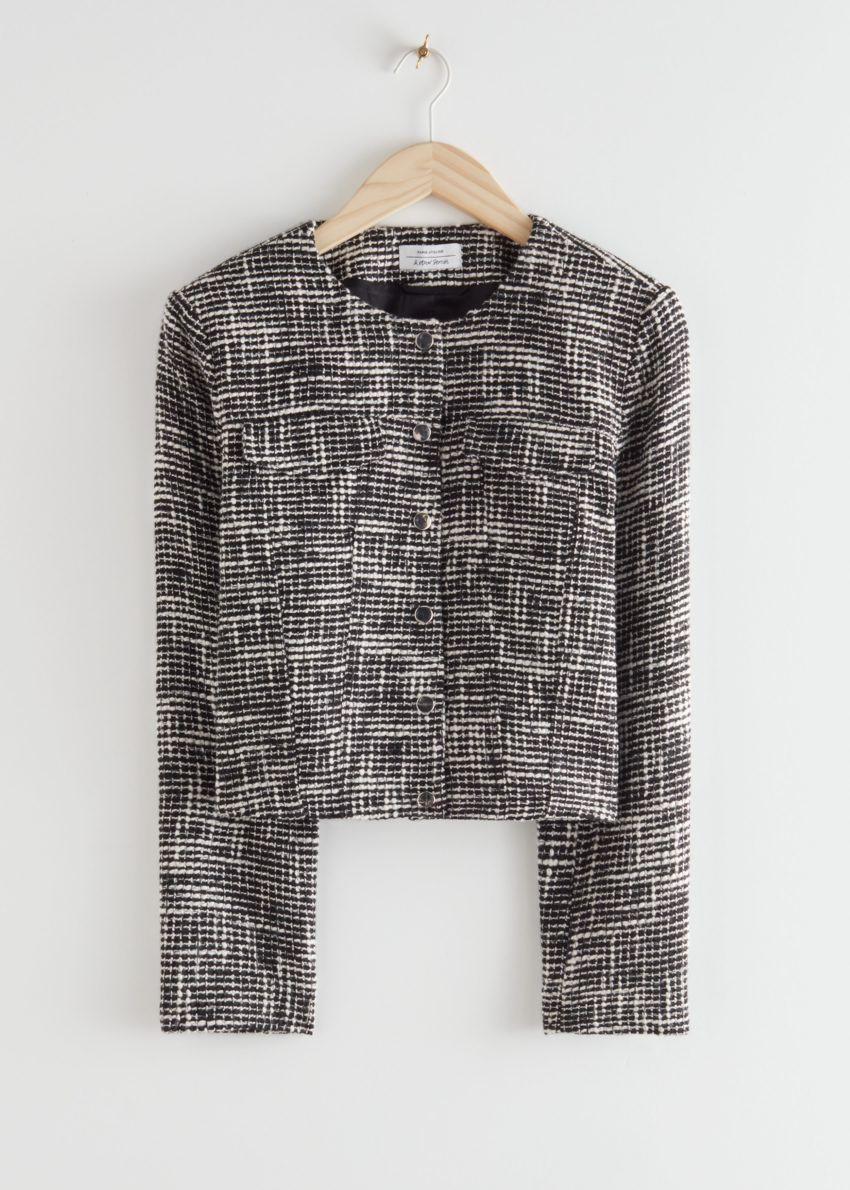 앤아더스토리즈 테일러드 트위드 재킷의 블랙컬러 Product입니다.