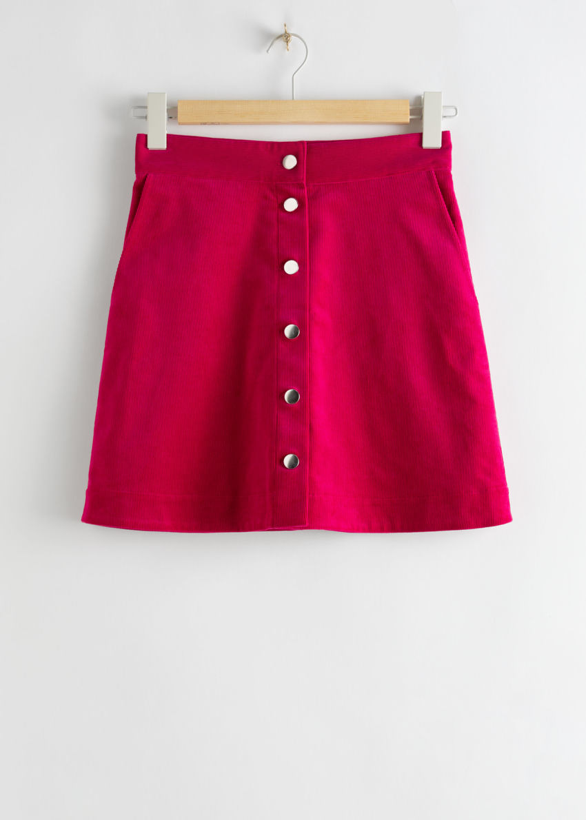 앤아더스토리즈 코듀로이 미니 스커트의 다크 핑크컬러 Product입니다.