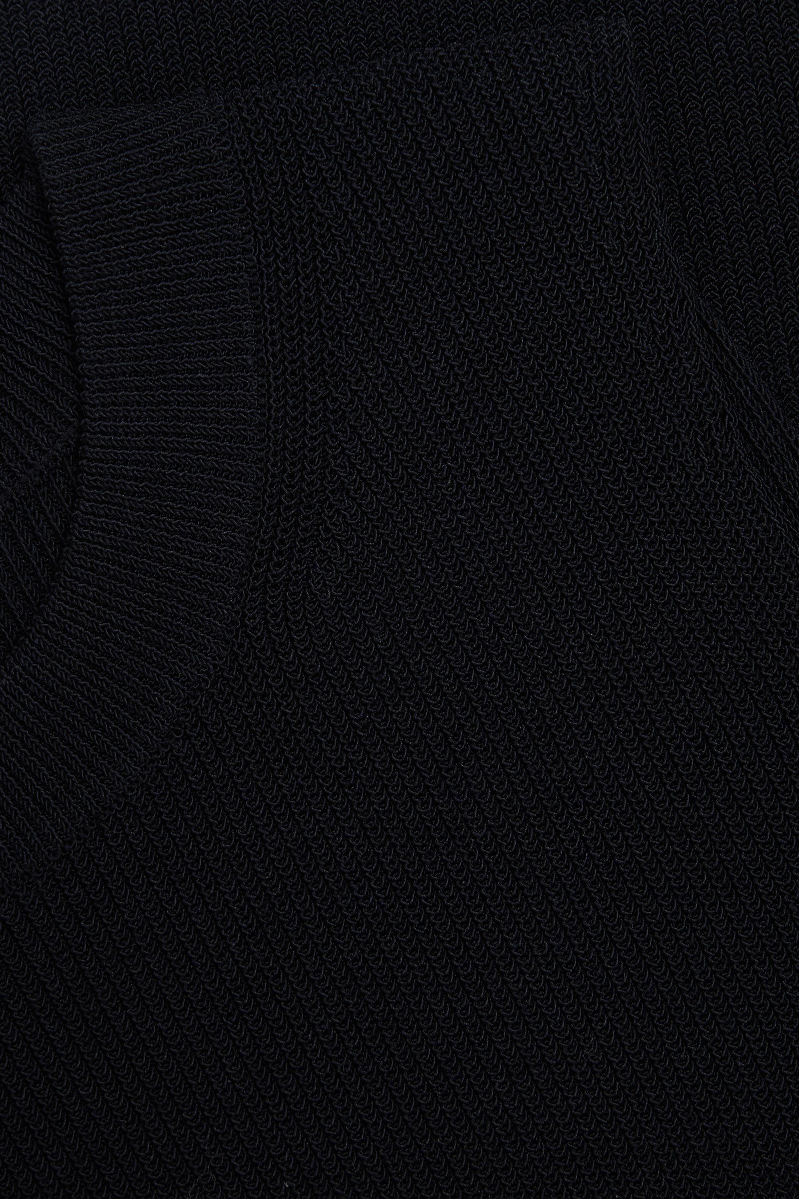 COS 니티드 코튼 믹스 베스트 탑의 블랙컬러 Detail입니다.