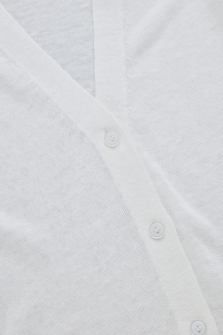 COS 리넨 멀버리 실크 가디건의 화이트컬러 Detail입니다.