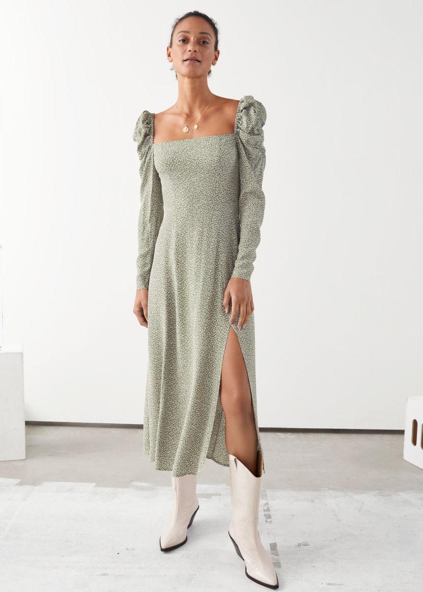 앤아더스토리즈 퍼프 숄더 미디 스모크 드레스의 그린 화이트컬러 ECOMLook입니다.