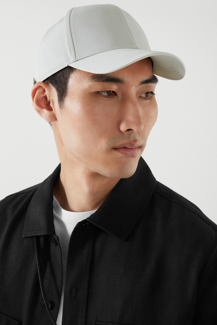 COS hover image 4 of 브라운 in 베이스볼 캡