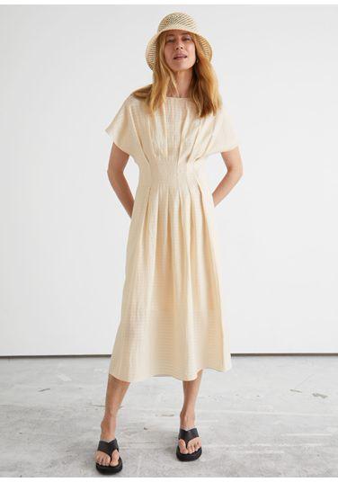&OS image PRA default 8 of  in 피티드 웨이스트 와이드 슬리브 미디 드레스