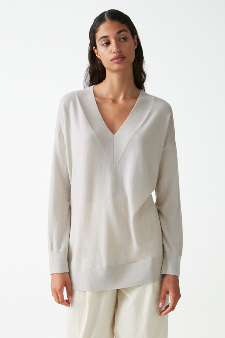 COS default image 1 of 브라운 in 캐시미어 V넥 스웨터