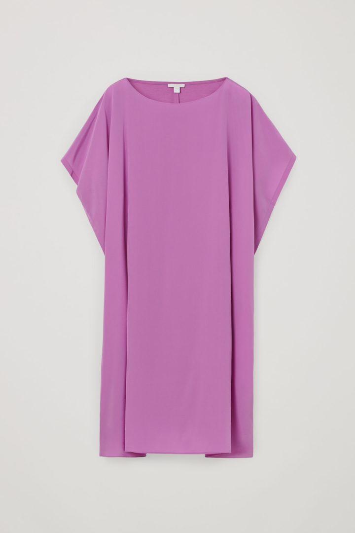 COS 오가닉 코튼 멀버리 실크 릴랙스드 튜닉 드레스의 퍼플컬러 Product입니다.