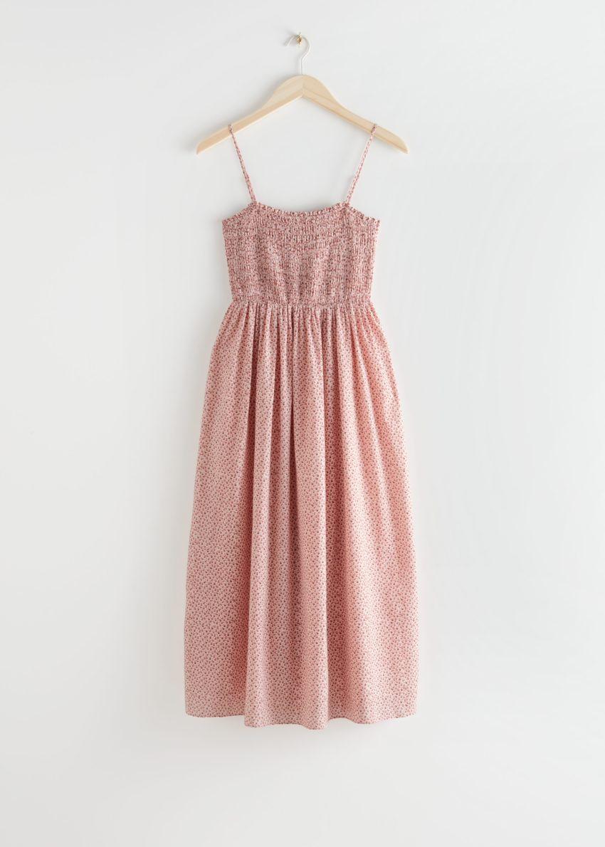 앤아더스토리즈 스모크 미디 드레스의 레드 프린트컬러 Product입니다.