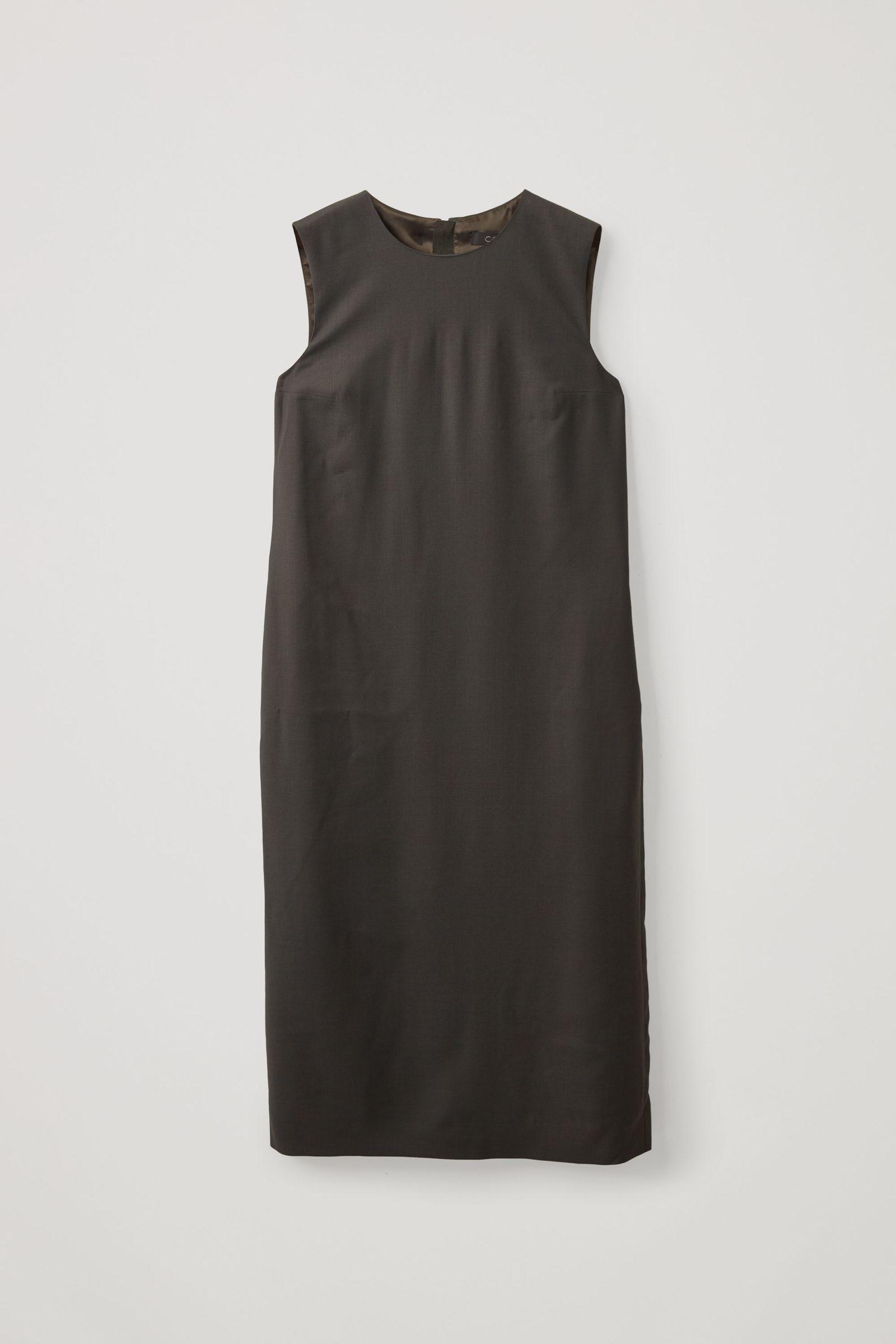 COS 울 믹스 테일러드 드레스의 다크 그레이컬러 Product입니다.