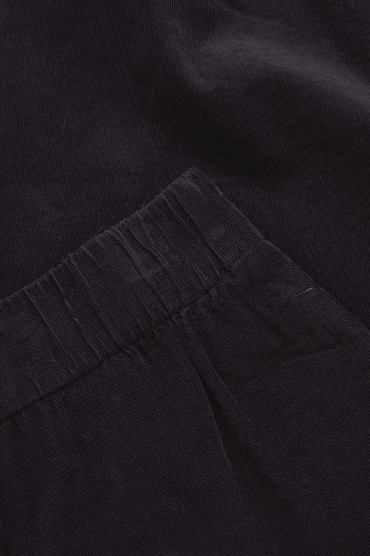 COS 오가닉 코튼 커브드 레그 코듀로이 큐롯의 블루컬러 Detail입니다.