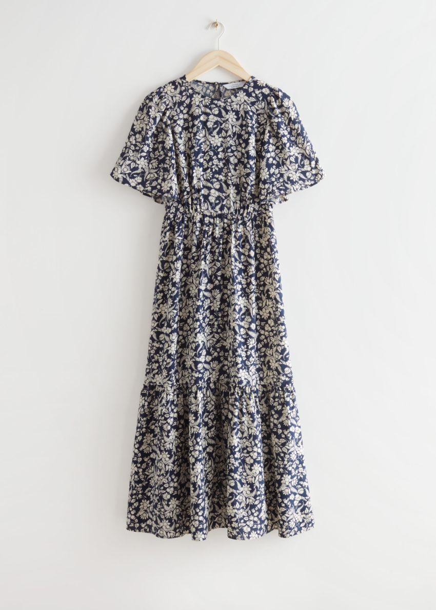 앤아더스토리즈 프린트 퍼프 슬리브 맥시 드레스의 블루 플로럴컬러 Product입니다.