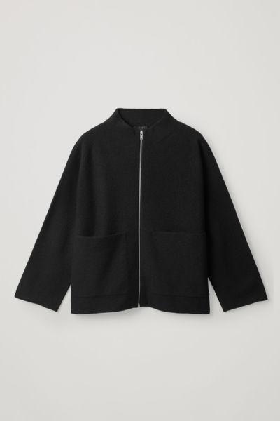 COS image 0 of 블랙 in 보일드 메리노 집업 재킷
